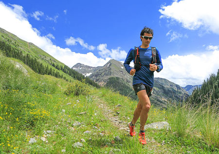 Kilian Jornet looking comfortable halfway through the race