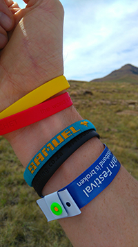lovetrail-nic-quinn-armbands-footprints-for-sam