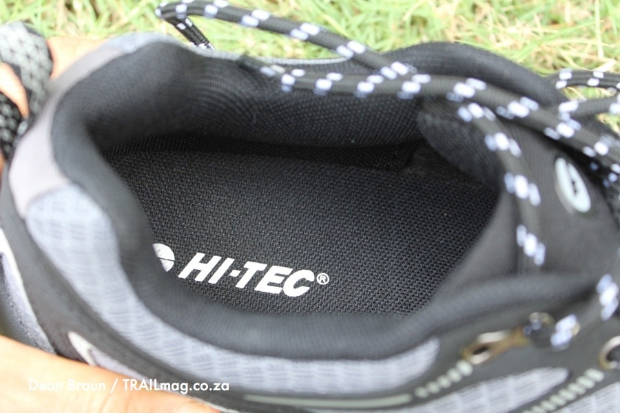 Non-removable sockliner Hi-Tec Griffon review