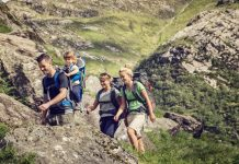 Thule_Sapling-hiking-lifestyle-website-950pixels