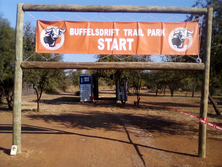 Buffelsdrift Trail Park trailhead banner start